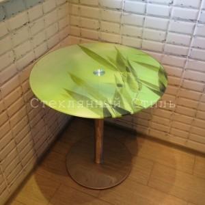 круглый стеклянный стол с фотопечатью